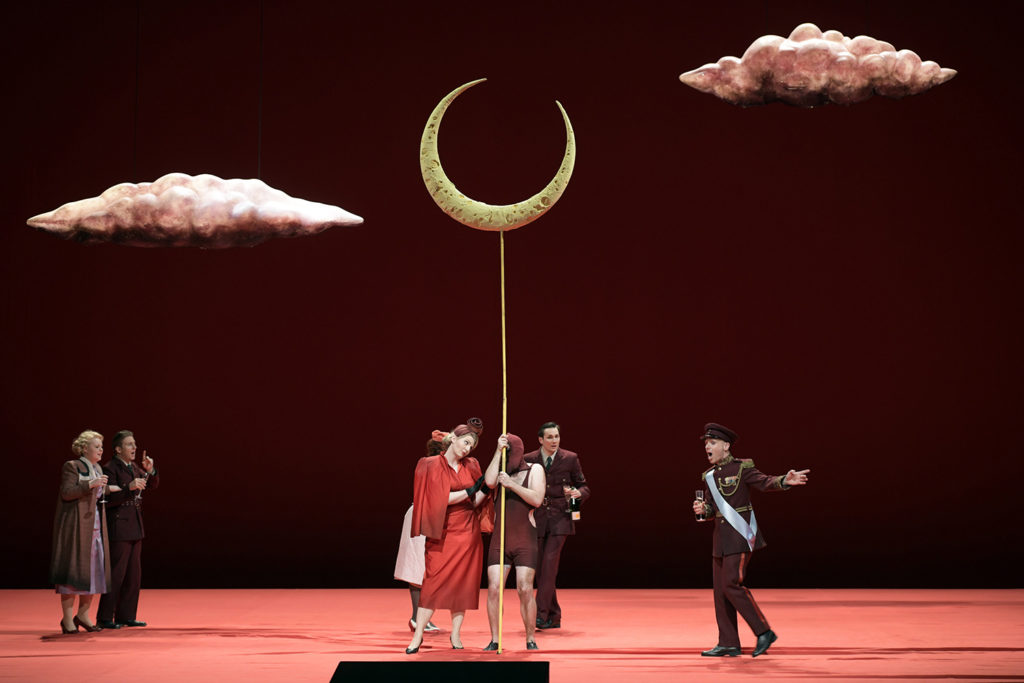 Midsummer Night's Dream - Deutsche Oper Berlin